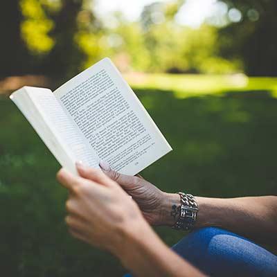 Ge bort en bok i farsdagspresent